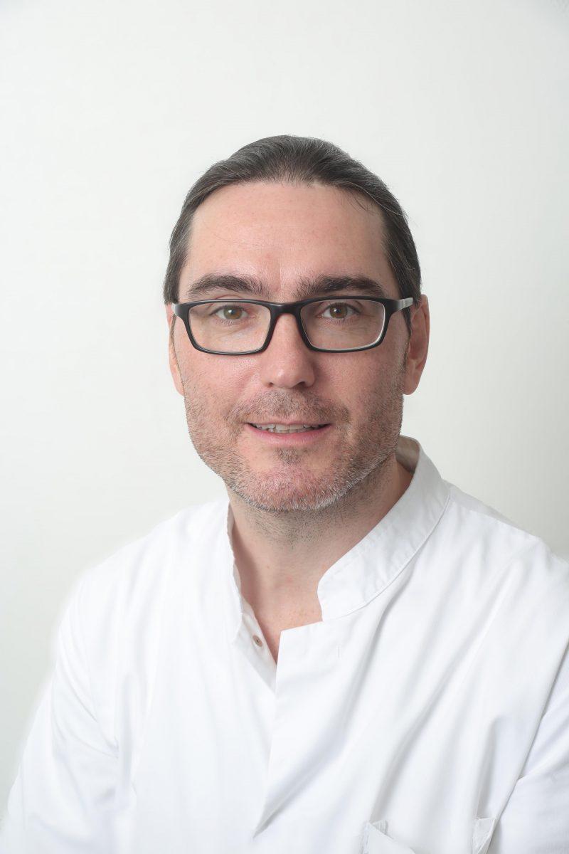 Dr. med. Dirk Lindner : Clinical Advisor | Neurosurgery